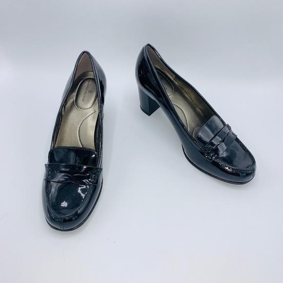 Bandolino Womens Arrie Black Patent